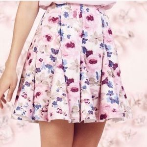 LC Runway Floral skirt